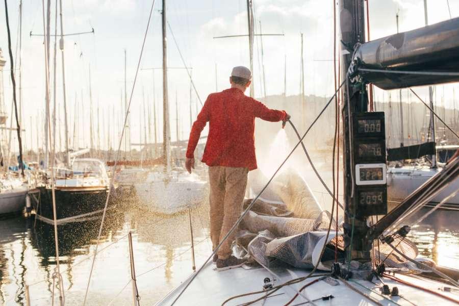 Правильный уход за яхтой