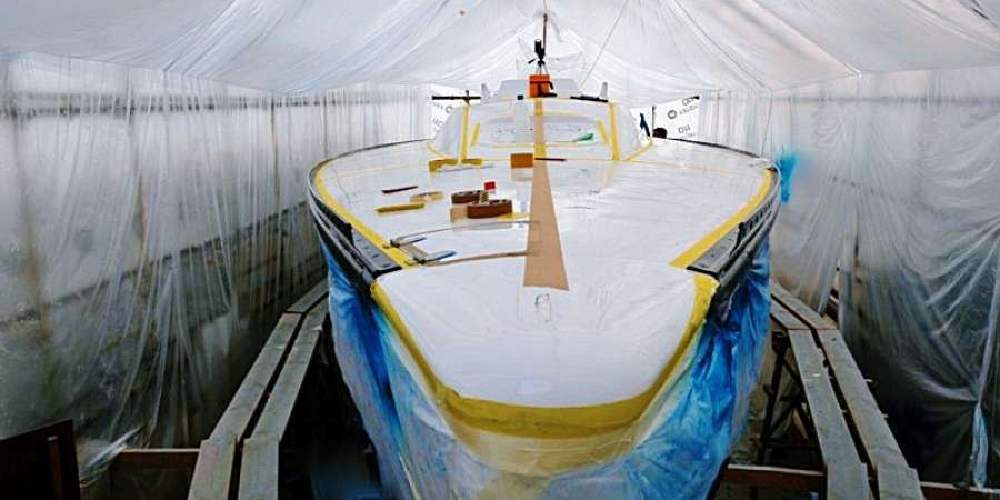 Предлагаем услуги по покраске водных судов